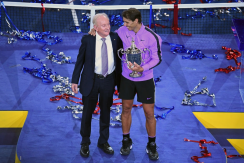 NEW YORK, NEW YORK - SEPTEMBER 08: Rafael Nadal (R) of Spain celebrates with the championship trophy alongside tennis champion Rod Laver (L) during the trophy presentation ceremony after winning his Men's Singles final match against Daniil Medvedev of Russia on day fourteen of the 2019 US Open at the USTA Billie Jean King National Tennis Center on September 08, 2019 in the Queens borough of New York City. (Photo by Emilee Chinn/Getty Images)