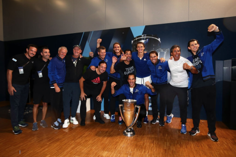 GENEVA, SWITZERLAND - SEPTEMBER 22: Team Europe players and backroom staff pose with the trophy after winning the Laver Cup in the final match of the tournament during Day Three of the Laver Cup 2019 at Palexpo on September 22, 2019 in Geneva, Switzerland. The Laver Cup will see six players from the rest of the World competing against their counterparts from Europe. Team World is captained by John McEnroe and Team Europe is captained by Bjorn Borg. The tournament runs from September 20-22. (Photo by Clive Brunskill/Getty Images for Laver Cup )