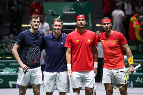 MADRID, SPAIN - NOVEMBER 23: (L-R) Jamie Murray and Neal Skupski of Great Britain pose for a photo with Feliciano Lopez and Rafael Nadal of Spain ahead of their semi-final doubles match during Day Six of the 2019 Davis Cup at La Caja Magica on November 23, 2019 in Madrid, Spain. (Photo by Alex Pantling/Getty Images)