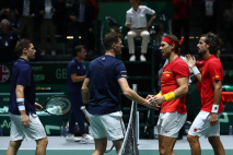 MADRID, SPAIN - NOVEMBER 23: Jamie Murray and Neal Skupski of Great Britain and Feliciano Lopez and Rafael Nadal of Spain shake hands following their semi-final doubles match during Day Six of the 2019 Davis Cup at La Caja Magica on November 23, 2019 in Madrid, Spain. (Photo by Alex Pantling/Getty Images)