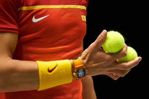 MADRID, SPAIN - NOVEMBER 20: Hand of Rafa Nadal of Spain holds three tennis balls during his game against Borna Gojo of Croatia during Day Three of the 2019 Davis Cup at La Caja Magica on November 20, 2019 in Madrid, Spain. (Photo by David Aliaga/MB Media/Getty Images)